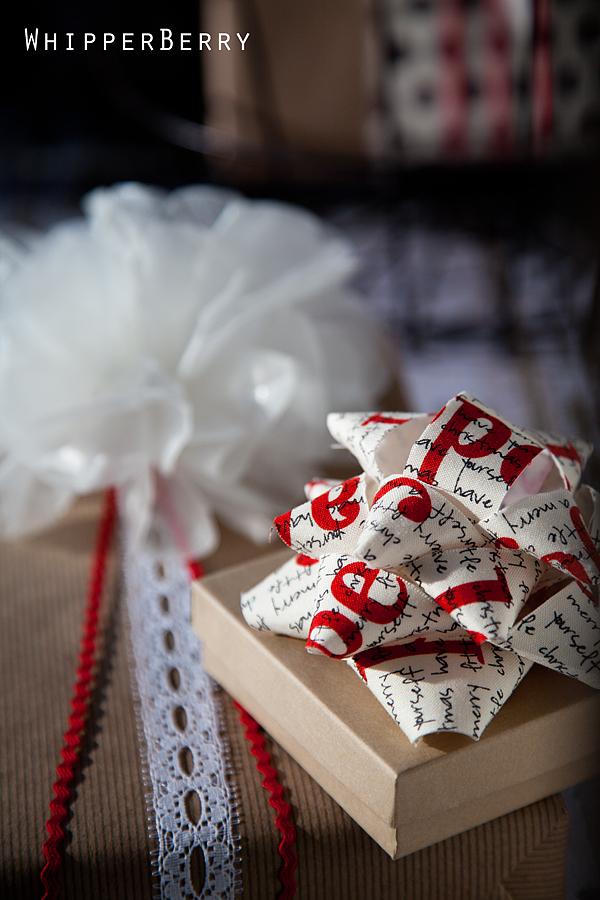 Elmer S Holiday Gluenglitter Wax Paper Bow Tutorial