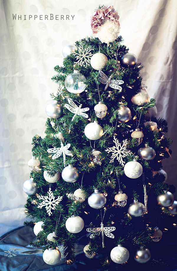 My Updated Christmas Tree with #SearsRealCheer & Friday Flair