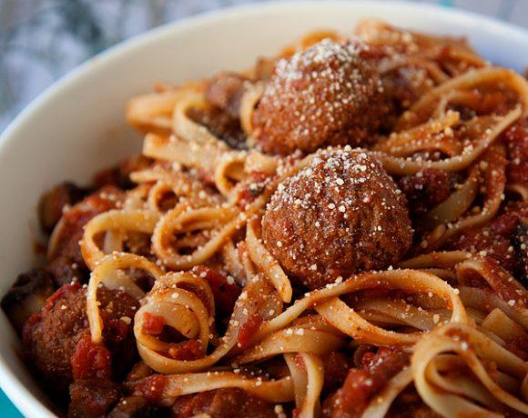 Fettuccine & Meatballs #LaRomanella Style