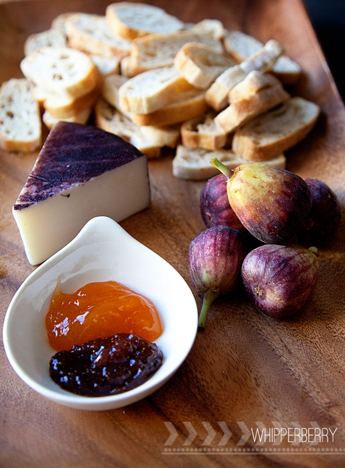 Drunken Fig Crostini Ingredients