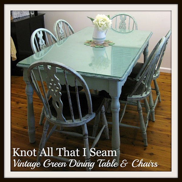 Green Table and Chairs 1