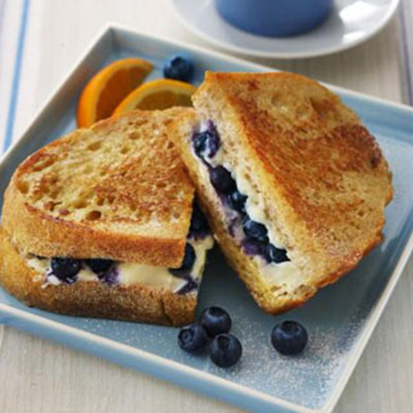 blueberry-stuffed-french-toastFF