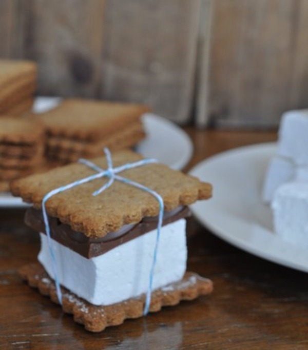 gourmetsmoreshomemadegrahamcrackershomemademarshmallows129