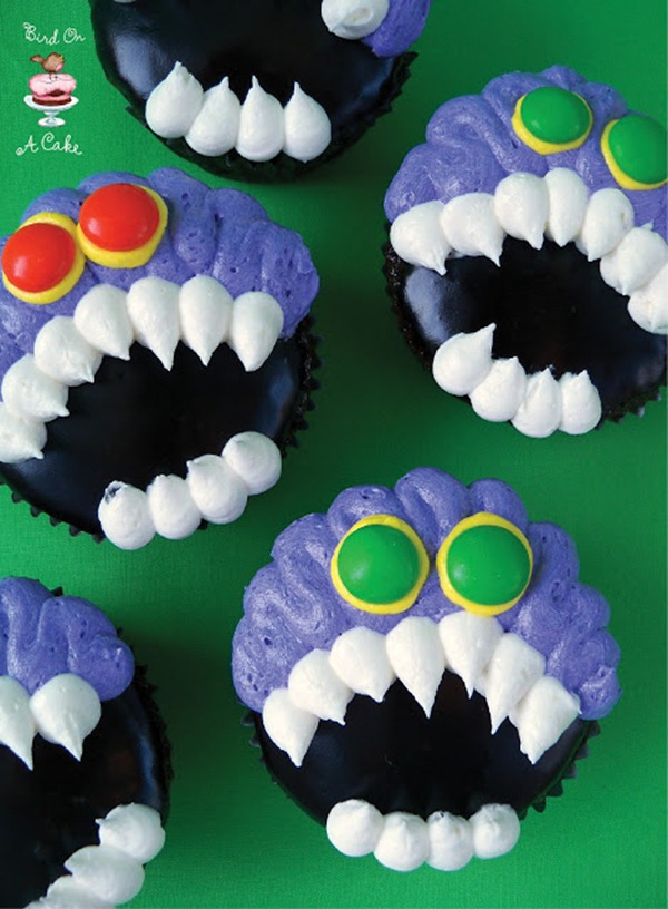 Toothy Monster Cupcakes logo