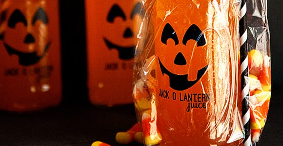 Jack-o-Lantern Juice Halloween Treat with GiftGloss