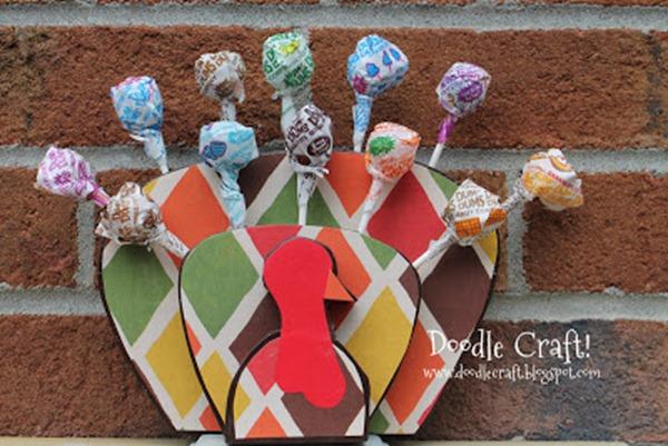 turkey sucker display centerpiece tablescape treats cake pops lollipops