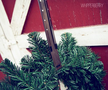 Adjustable wreath hanger from Stearling Pear