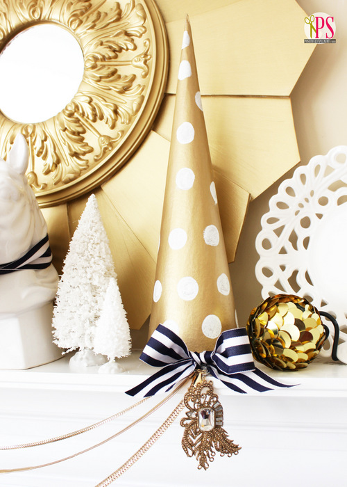 navy-gold-white-winter-mantel-2