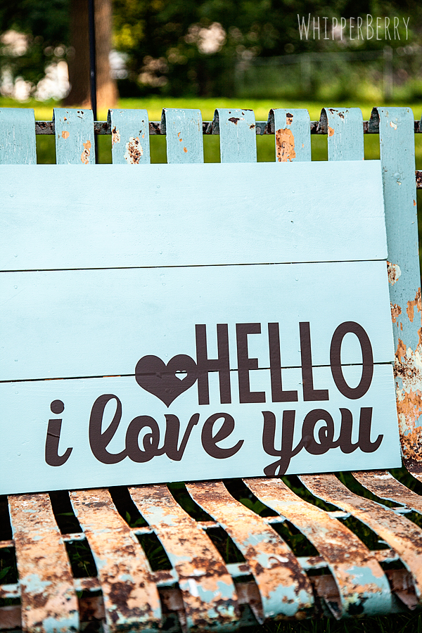 painted hello i love you sign