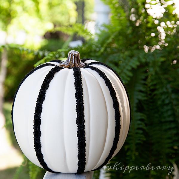 Black & White Halloween Pumpkins for The Great Pumpkin Challenge