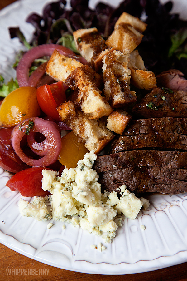 Balsamic-Steak-Salad-with-Pickled-Tomato-Relish-#whipperberry-7