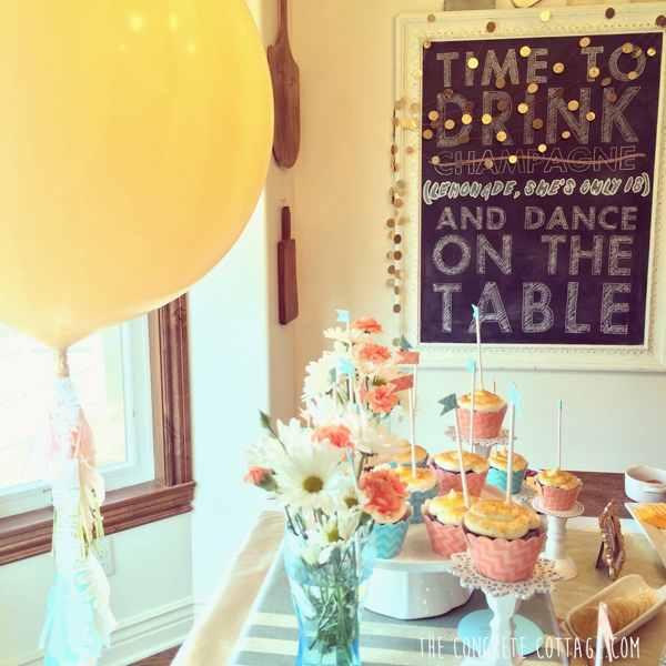 DIY Graduation Party Giant Balloons 3
