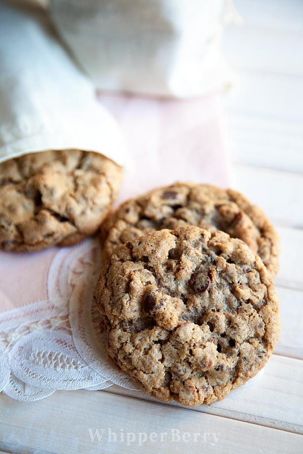 Chocolate-Peanut-Butter-Granola-Cookies-3