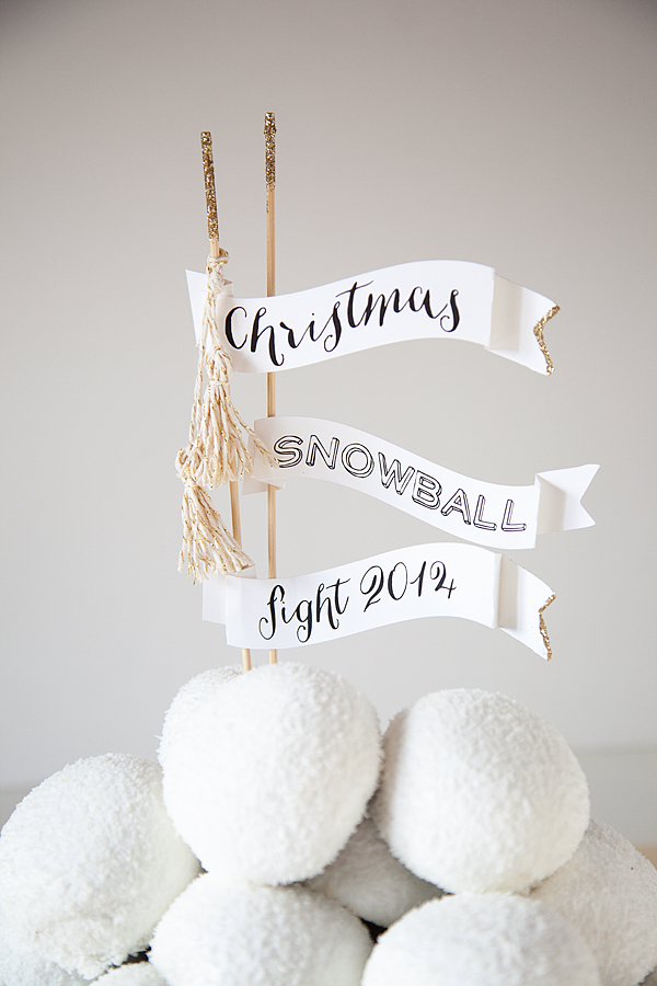 Hostess-Christmas-Snowball-Fight-2014-1