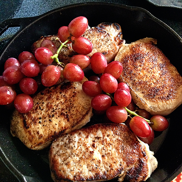 Roasted-Grape-Pork-Chops