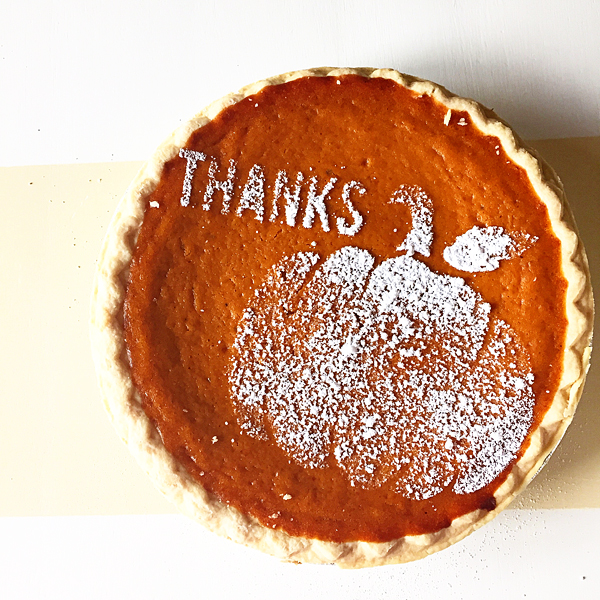 pumpkin-pie-stencil-from-WhipperBerry
