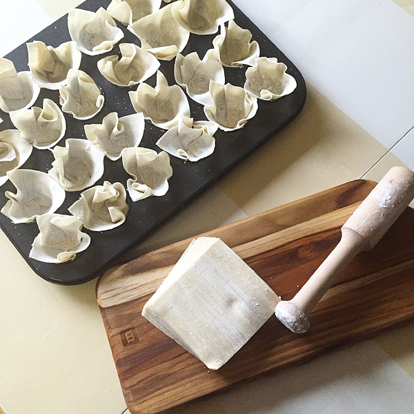 Baked-Wonton-Wrapper-Cups-from-WhipperBerry