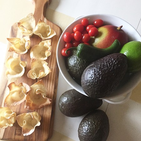 Making-fresh-Avocado-Cups