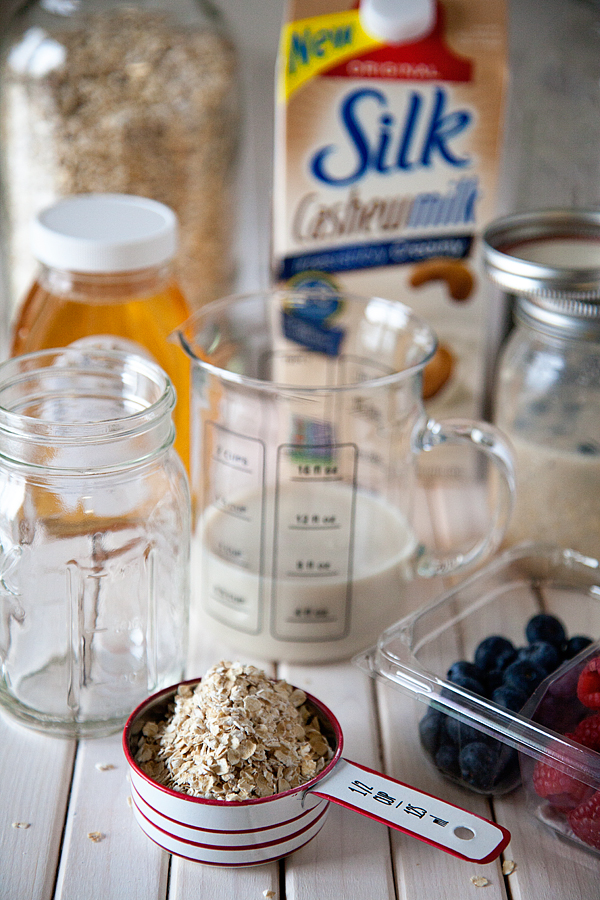 Overnight-Oats-with-Silk-Cashew-Milk-from-WhipperBerry-1