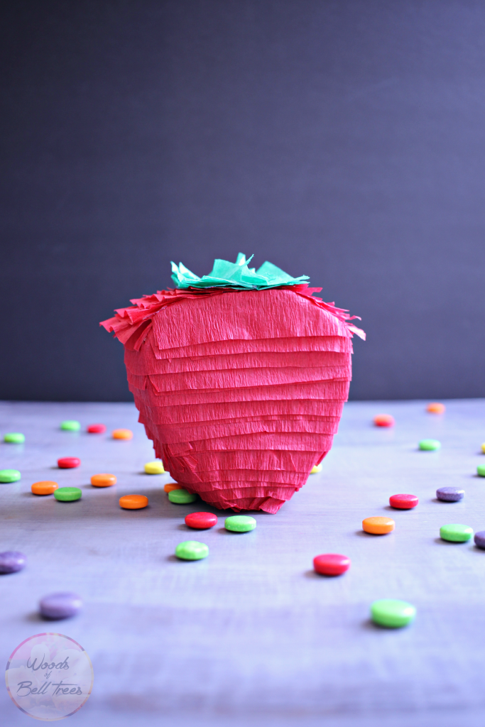strawberry-fruit-berry-pinata-mini-handmade-diy-craft-party-favor-decor-idea-683x1024