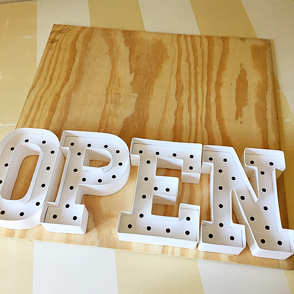 Heidi-Swapp-Marquee-Sign-from-WhipperBerry-10
