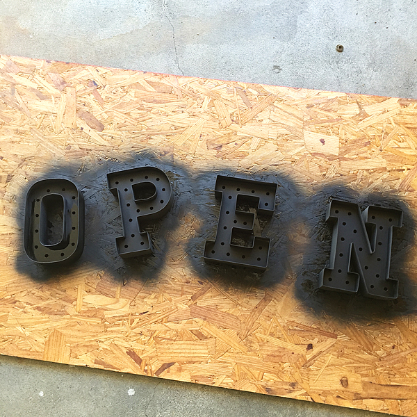 Heidi-Swapp-Marquee-Sign-from-WhipperBerry-9