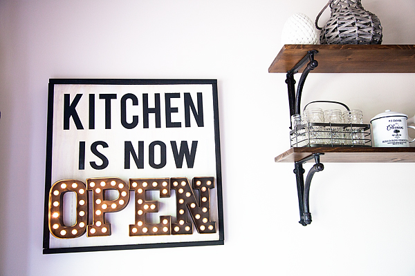 Kitchen Marquee Sign with Heidi Swapp
