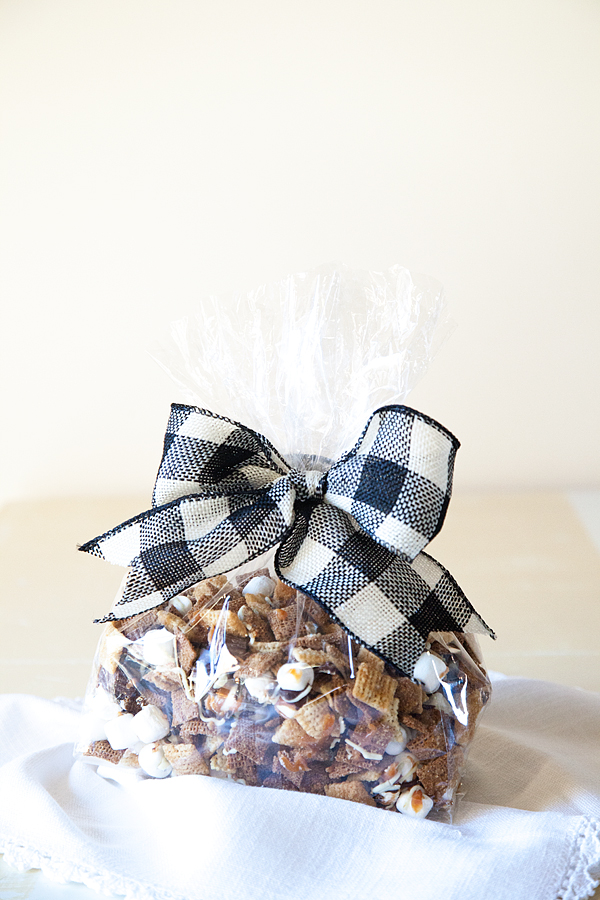 Better-than-Sex-Chex-Mix-from-WhipperBerry-6