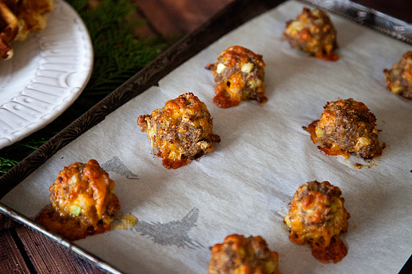 Cheddar-Sausage-Breakfast-Meatballs-7