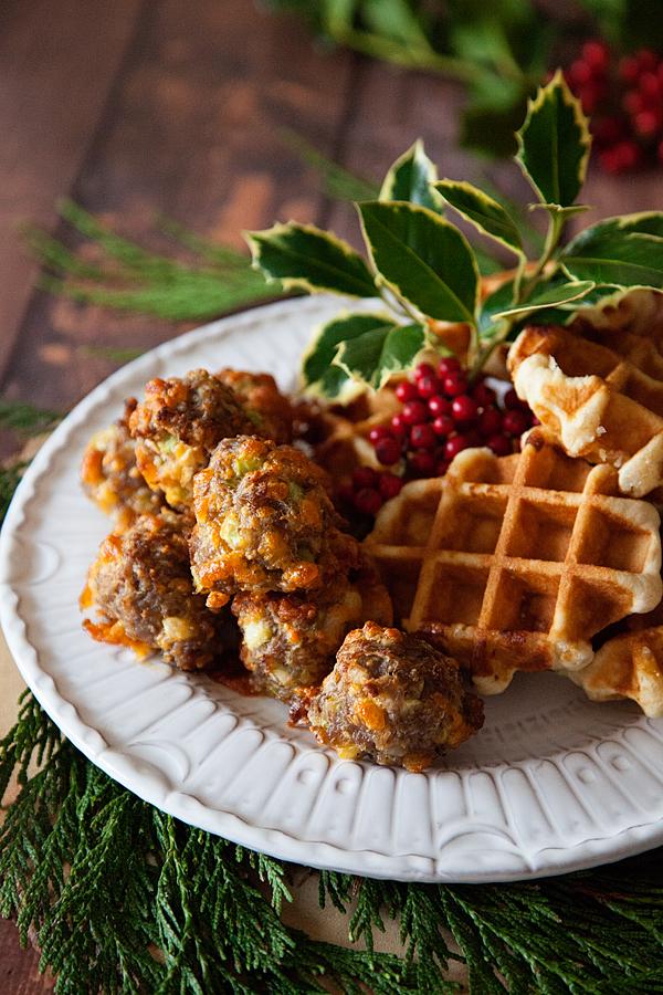 Cheddar-Sausage-Breakfast-Meatballs-9