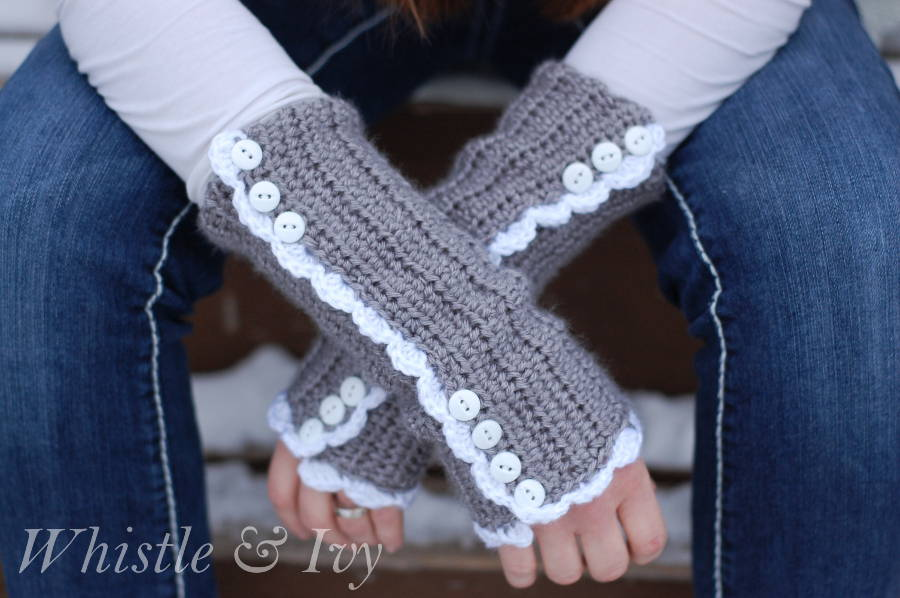 vintagestylearmwarmersfree-crochetpatternWMsm