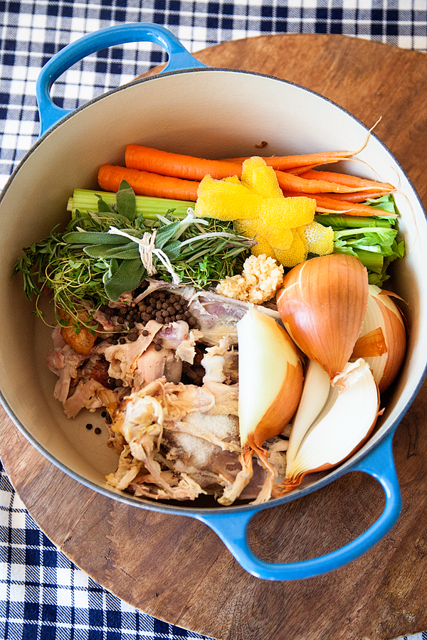chicken-stock-101-with-WhipperBerry-3