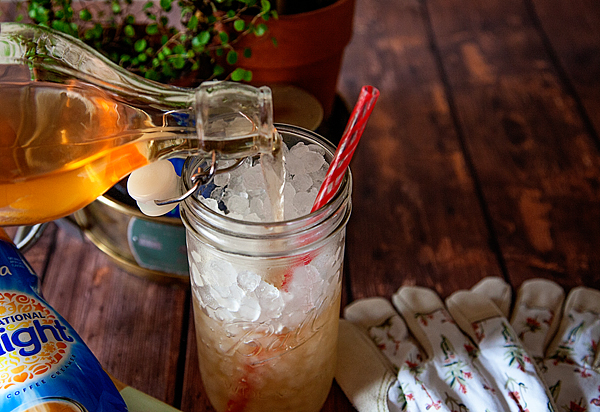 International-Delight-Peaches-and-Cream-Iced-Tea-from-WhipperBerry-2