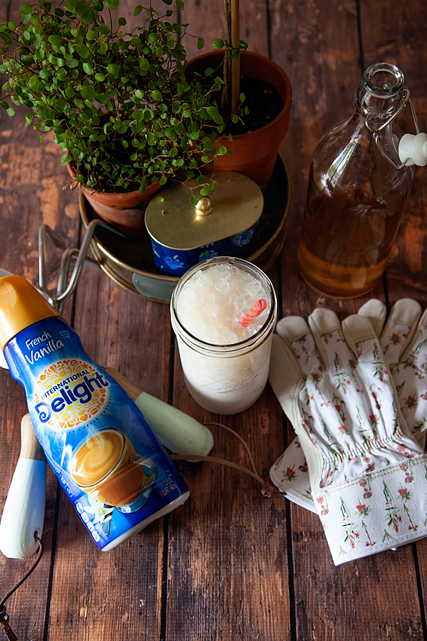 International-Delight-Peaches-and-Cream-Iced-Tea-from-WhipperBerry-5