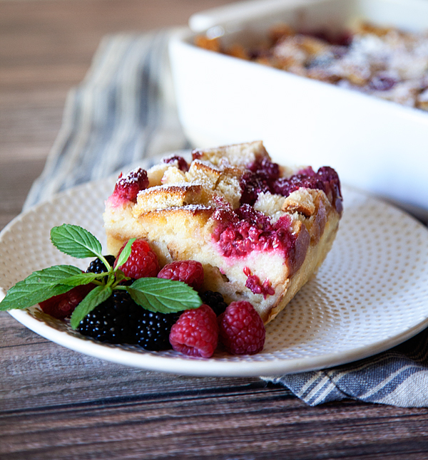 Simple-Overnight-French-Toast-from-WhipperBerry-3