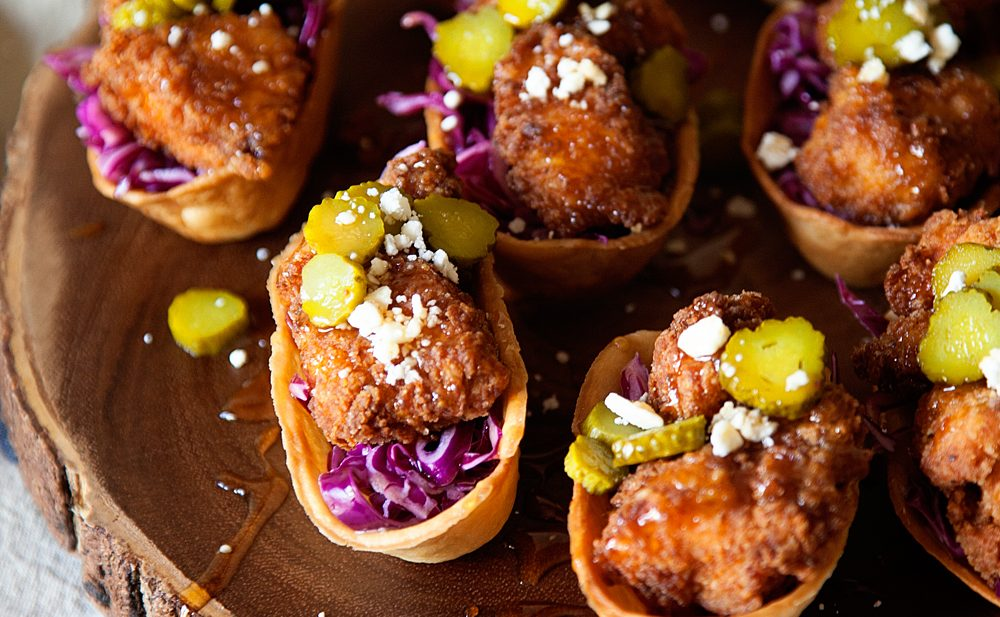 Mini Hot Chicken Taco Bites. Perfect mini game day treat from WhipperBerry.