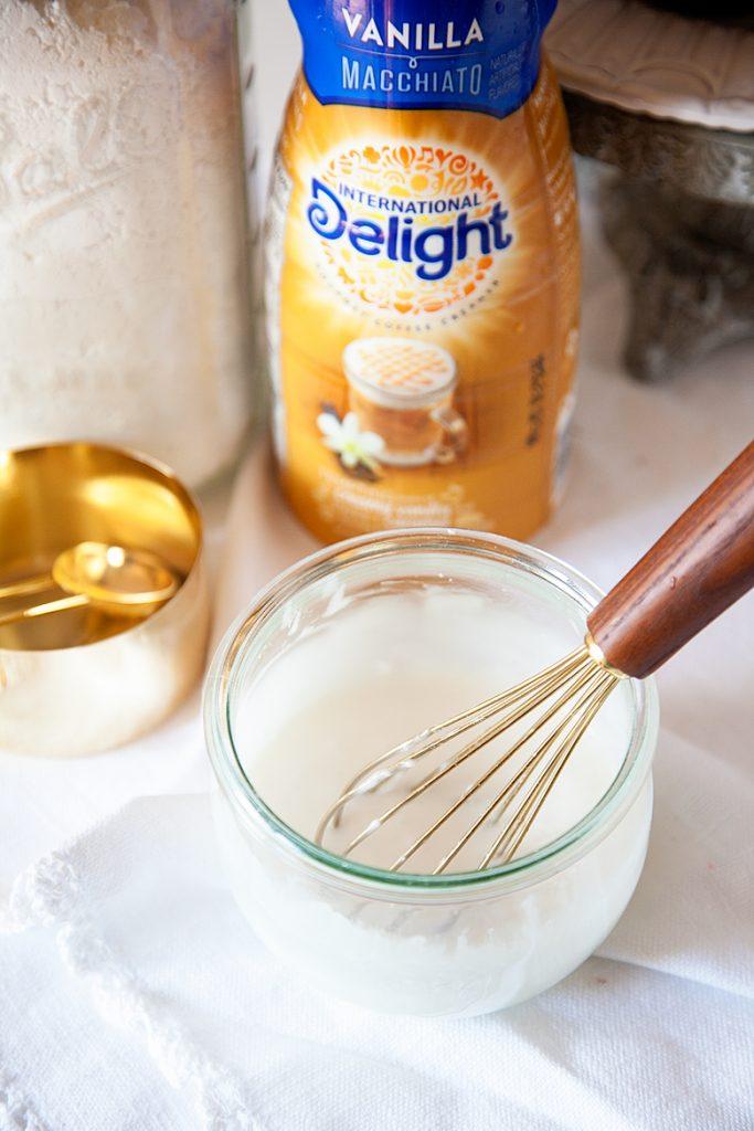 Vanilla Macchiato Glaze Recipe from WhipperBerry