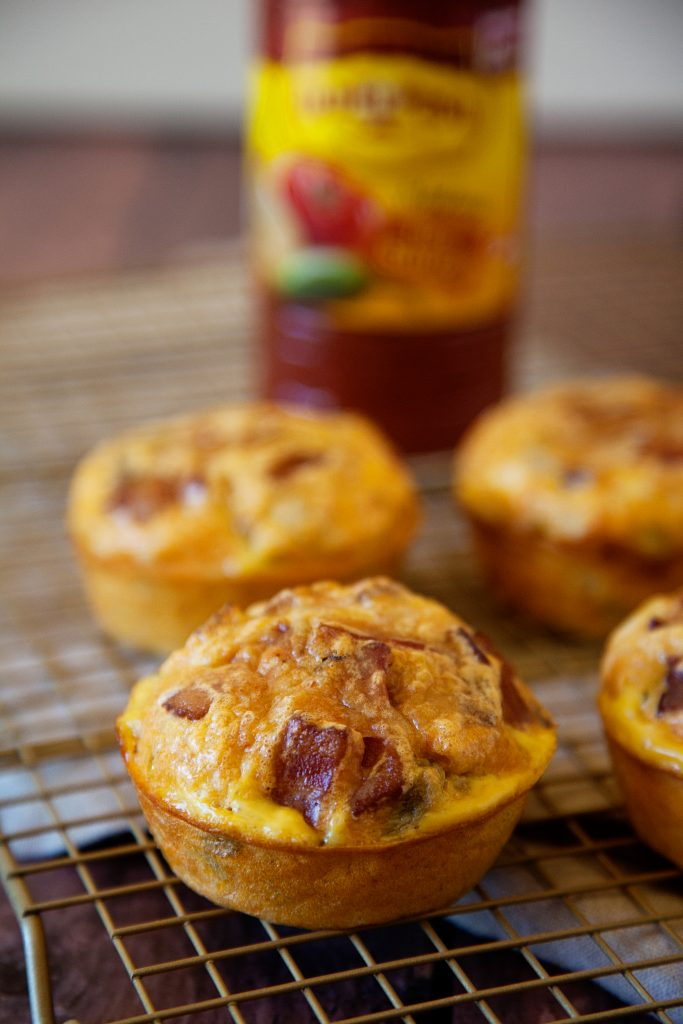 Green Chili and Salsa Egg Muffins... Perfect for on the go from WhipperBerry