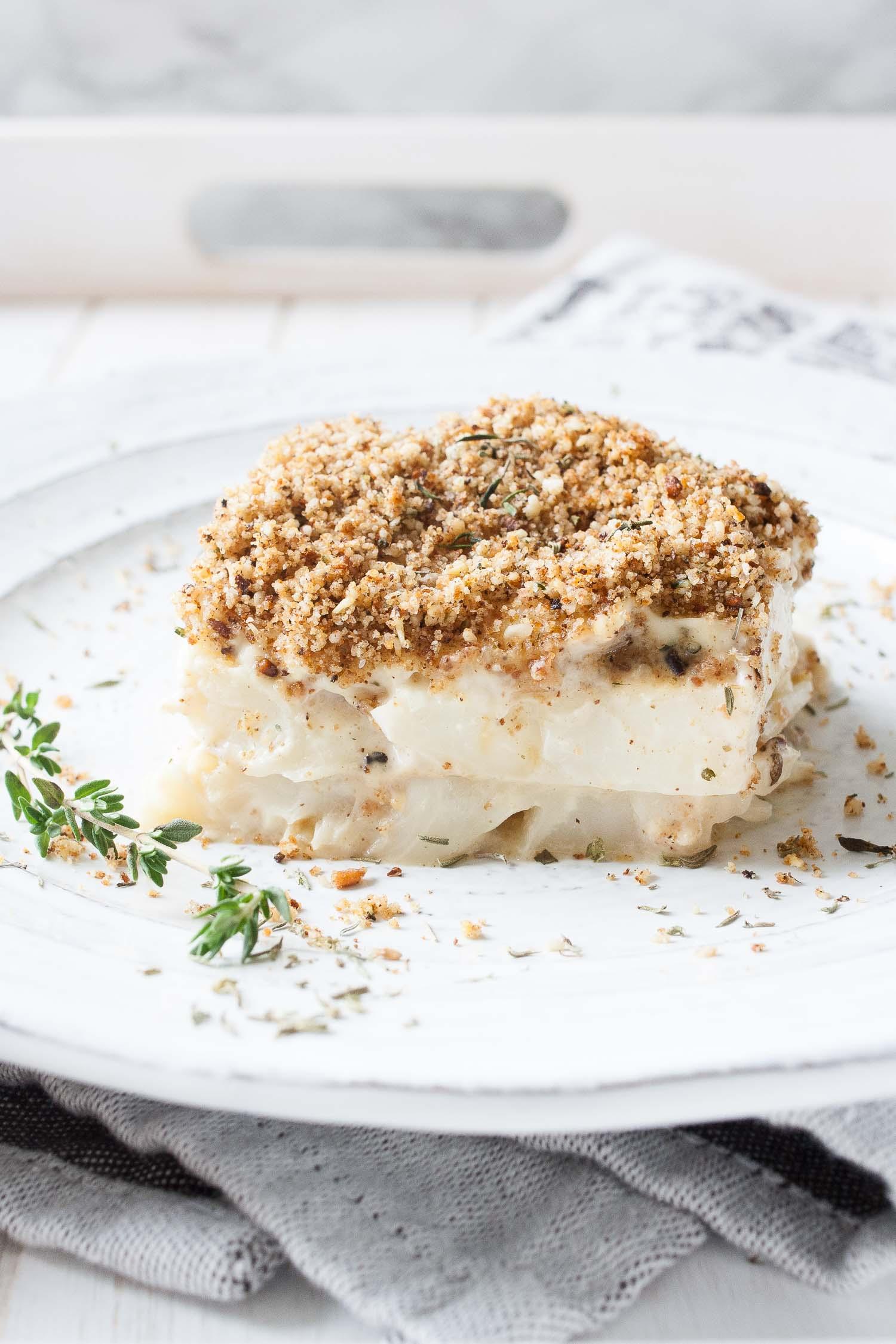 vegan-creamy-scalloped-cauliflower-19