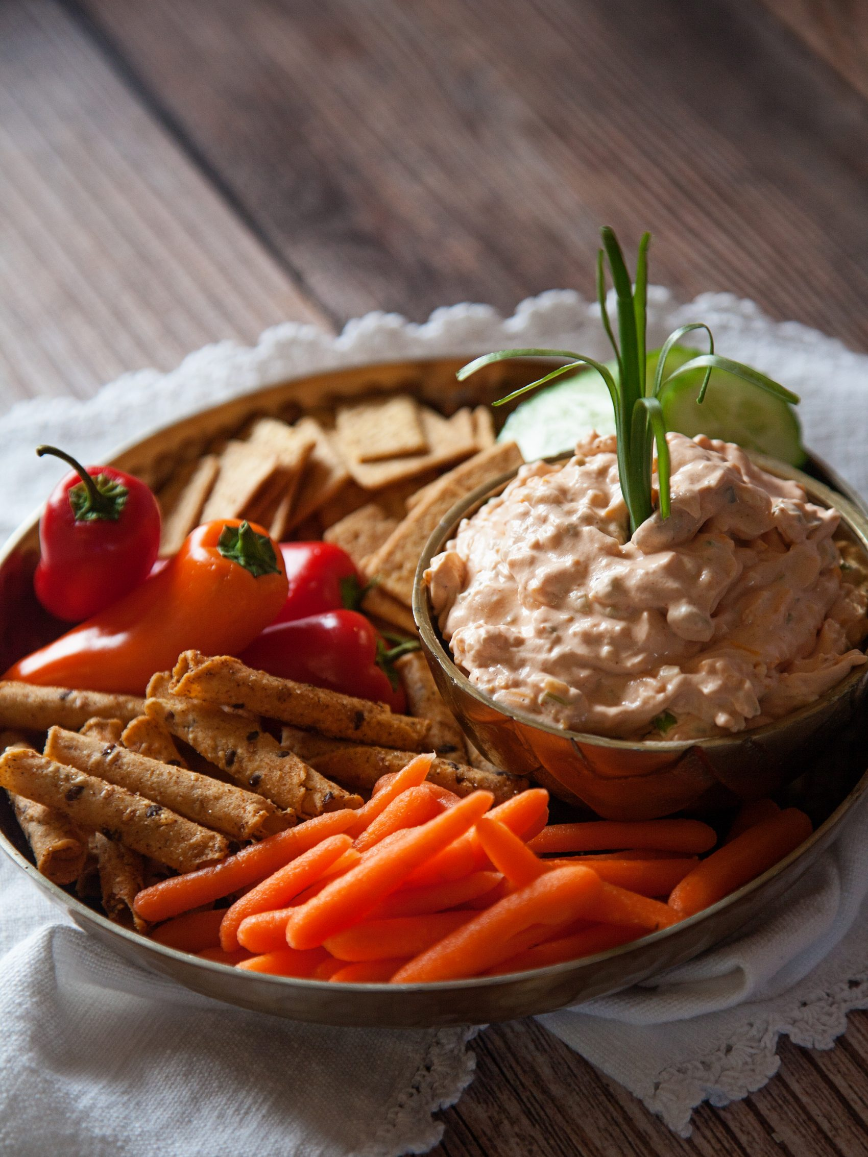 Win the battle of the dips with this scrumptious cheesy salsa dip from WhipperBerry!