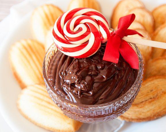 Peppermint Chocolate Ganache Dip Recipe