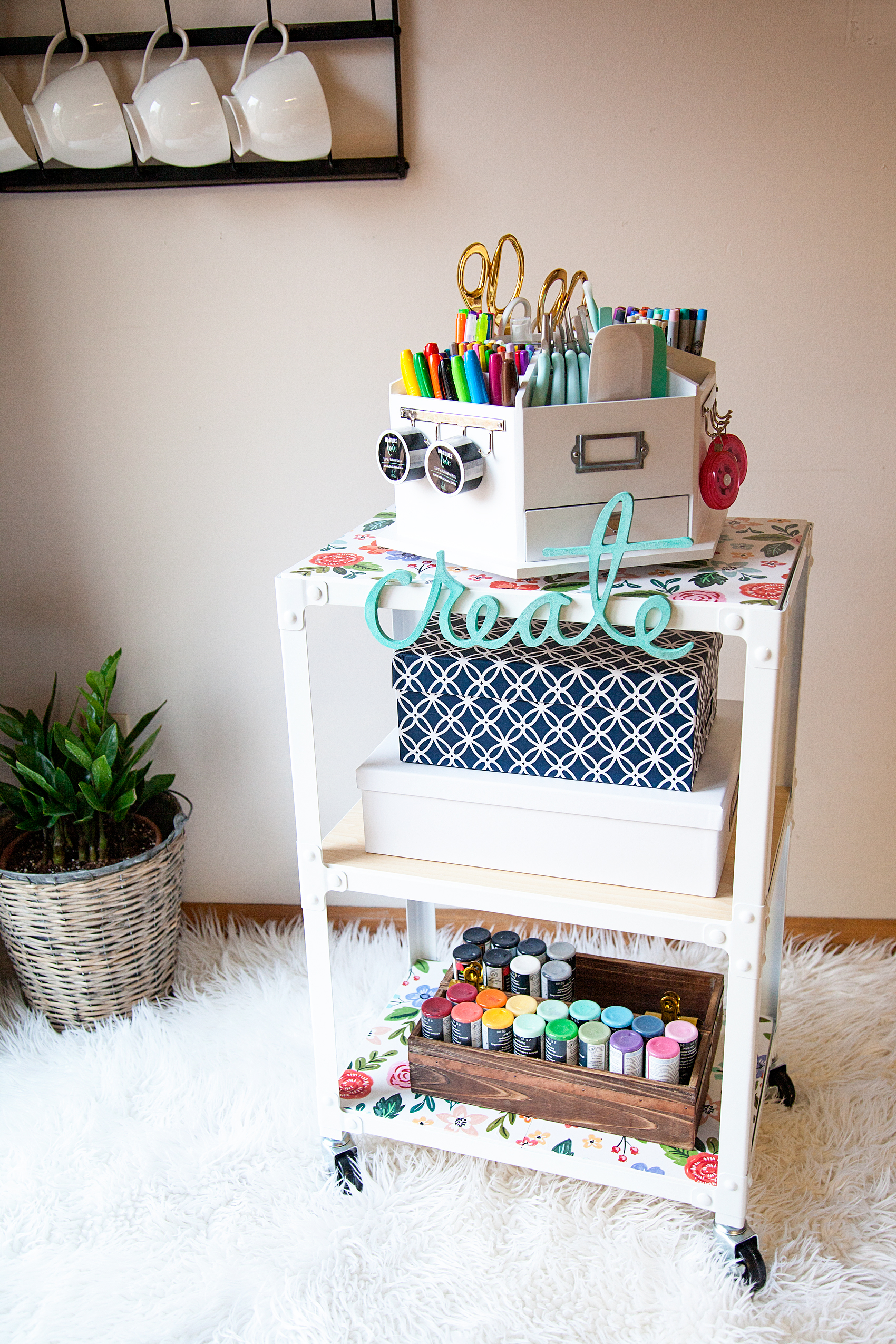 diy-creative-art-station-from-whipperberry-3