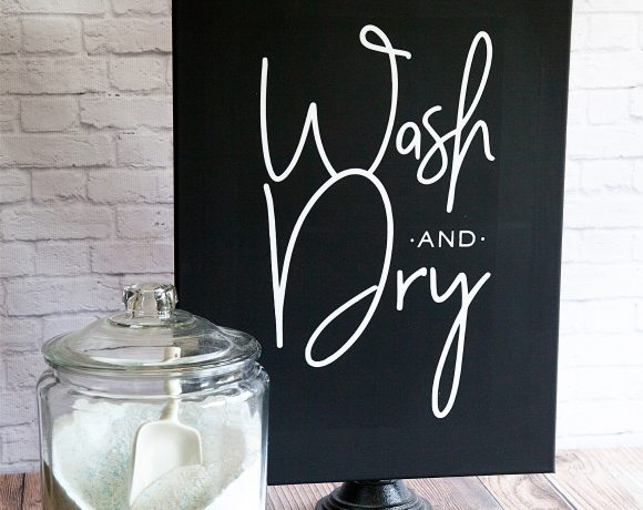 Fixer-Upper inspired Wash and Dry Sign created by WhipperBerry • Create this easy to make sign using your @cricut® machine and their Iron-On Vinyl •  Download the digital design file at WhipperBerry.com