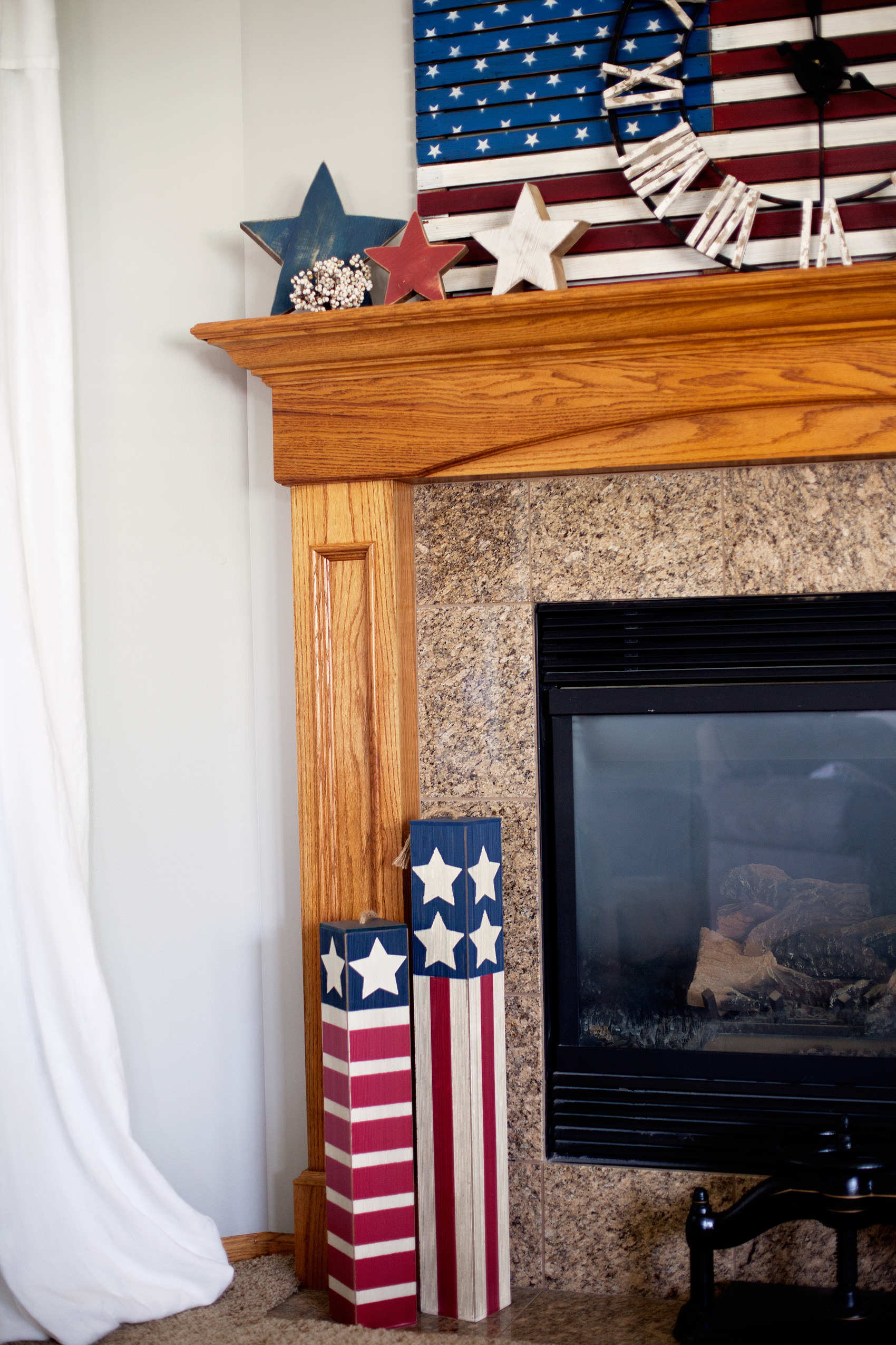 • Red White and Blue Decor • With the Summer months rolling in, it's time to give a little nod to our favorite ole' Red White and Blue! Michaels has a whole new line of FUN Americana decor that you're going to love! Here's what I found to dress-up my mantel for the Summer holidays via WhipperBerry