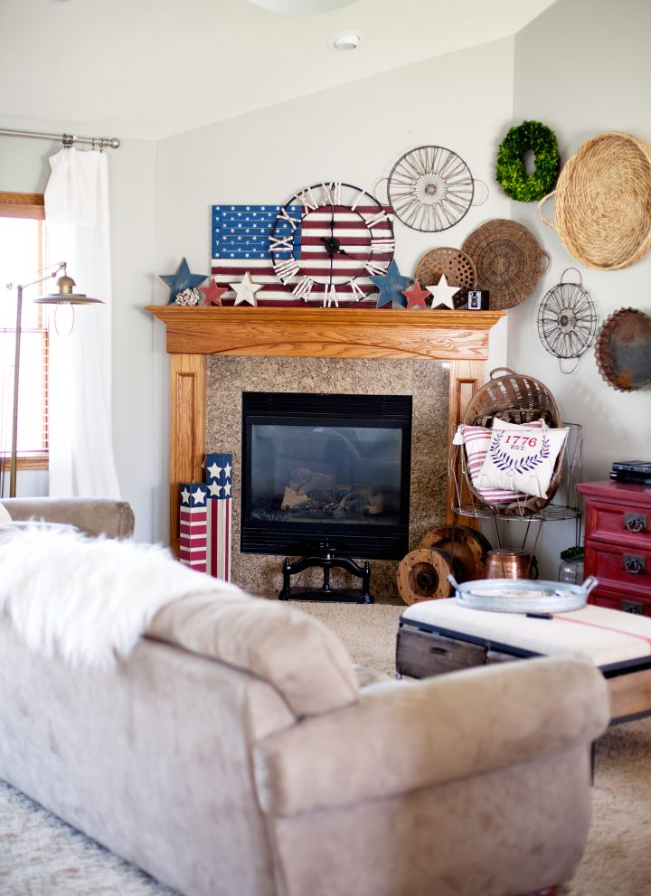 Quick Red White and Blue Home Decor