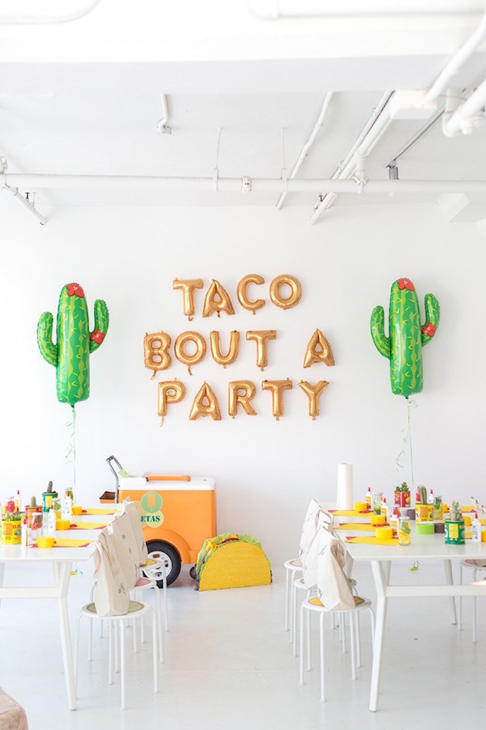 Taco-bout-a-party-sign-tacos-and-tequila-themed-party-decor