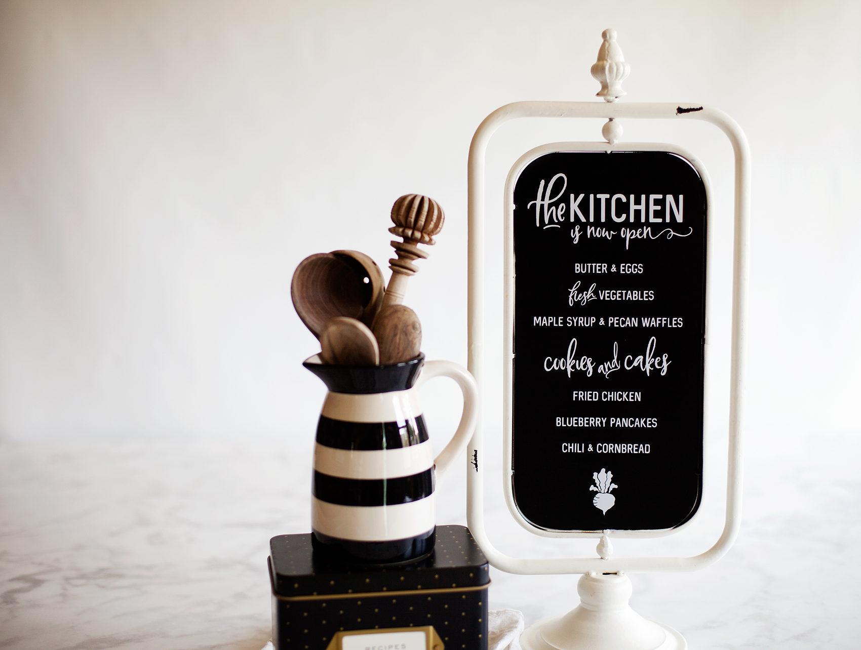 "How to Apply Vinyl Have you always wanted to create beautiful vinyl signs but, can't quite get the hang of applying vinyl? Look no further, I'm sharing my pro tips for how to apply vinyl to create beautiful vinyl signs like this, ""The Kitchen is Now Open Sign"" with menu from WhipperBerry."