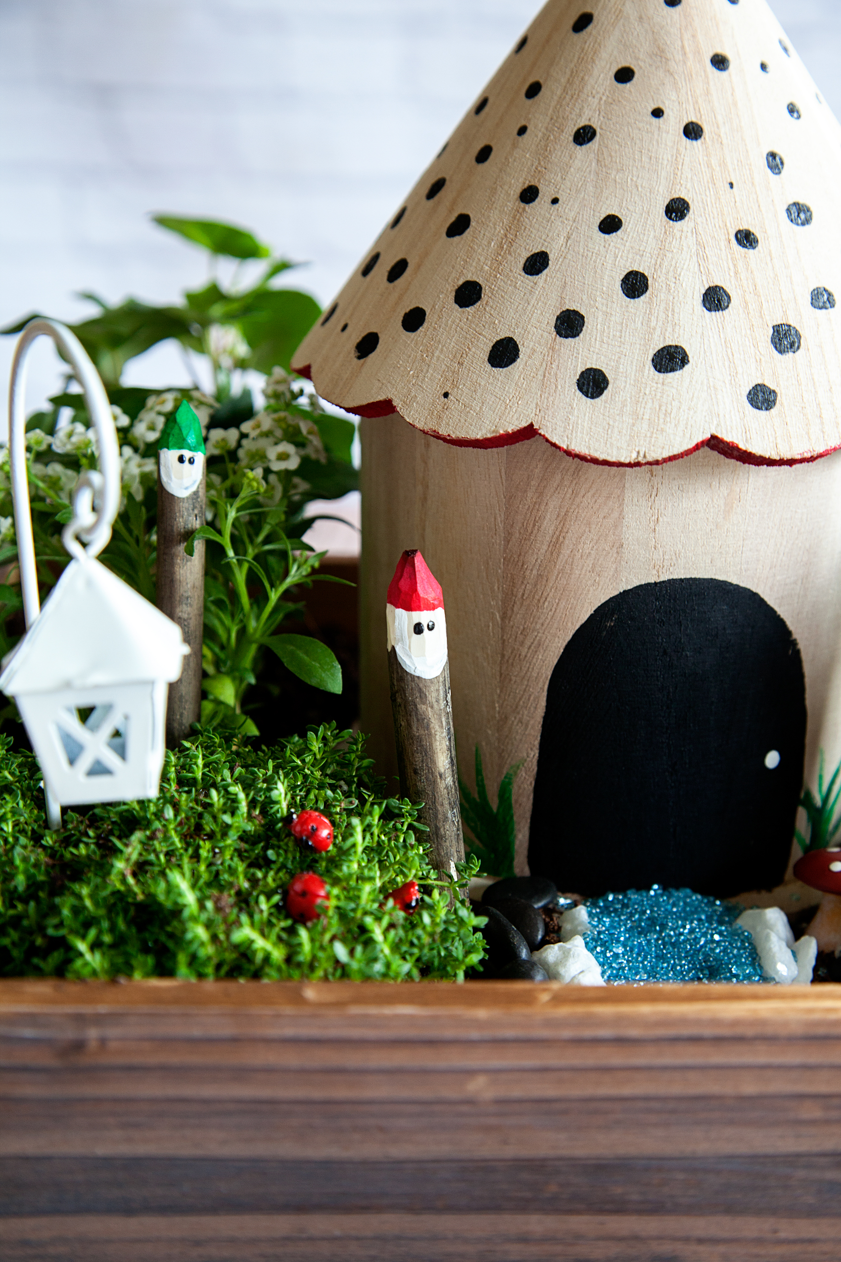 Gnome Gardens are a fun trend that the whole family can participate in. Create your own Gnomes with some sticks and @decoart Patio Paint.