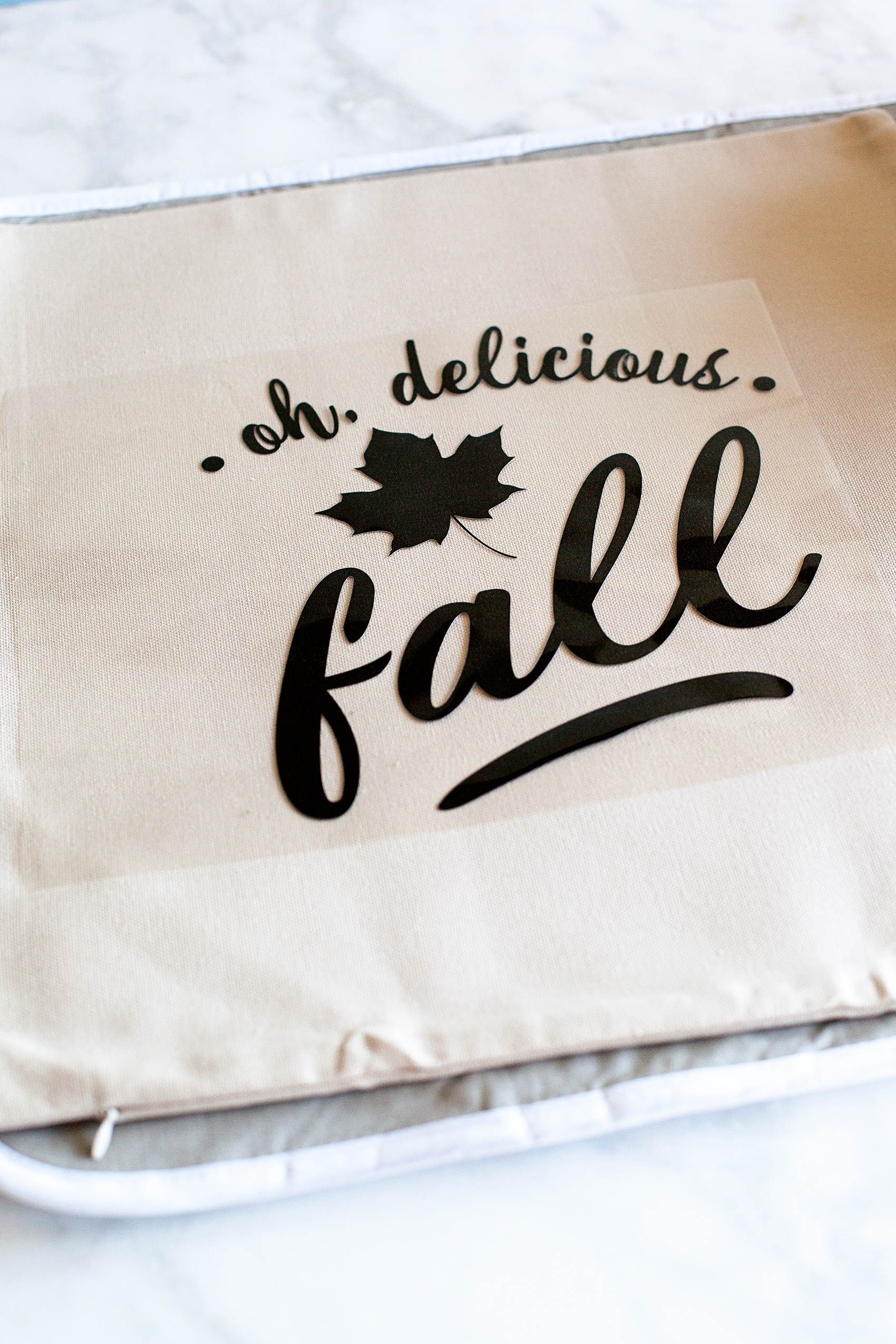 Oh,-Delicious-Fall-Pillow-Cricut-Maker-Cricut-Easy-Press-WhipperBerry-17