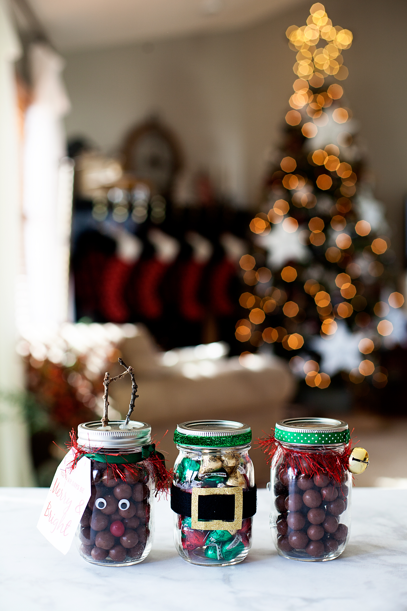Ball-Secret-Santa-Jars_